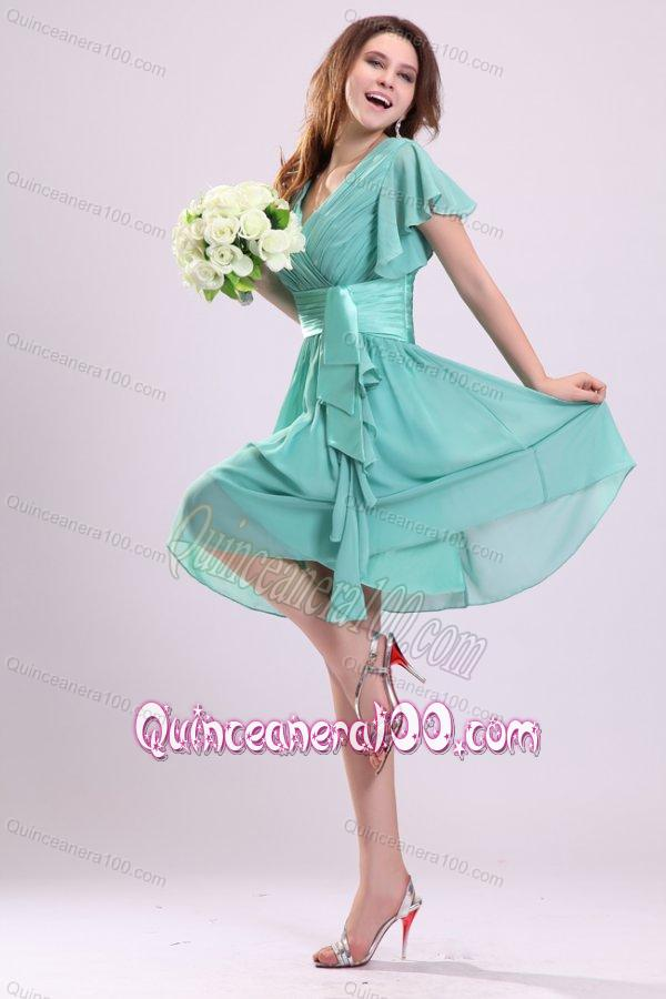 Apple Green V-neck Chiffon Dama Dresses with Short Sleeves ... d19737d56