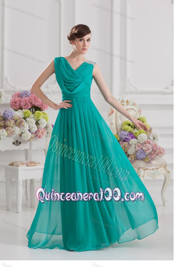 a334ac90ce8 V-neck Empire Turquoise Chiffon Dresses for Dama with Ruching and Beading.  triumph