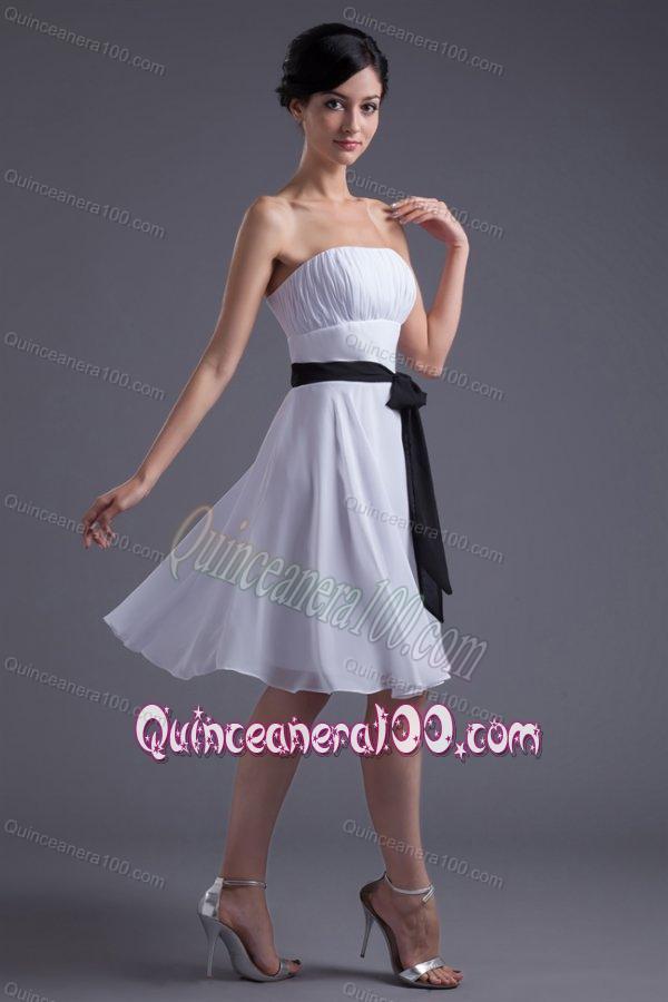 a84806895e6 Elegant Empire Sash Knee-length White Chiffon Dama Dress for Quinceanera  with Strapless