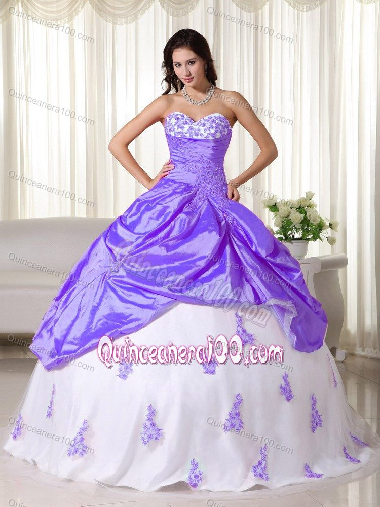Light Purple and White Sweetheart Pick-ups Appliques Dress Quince ...