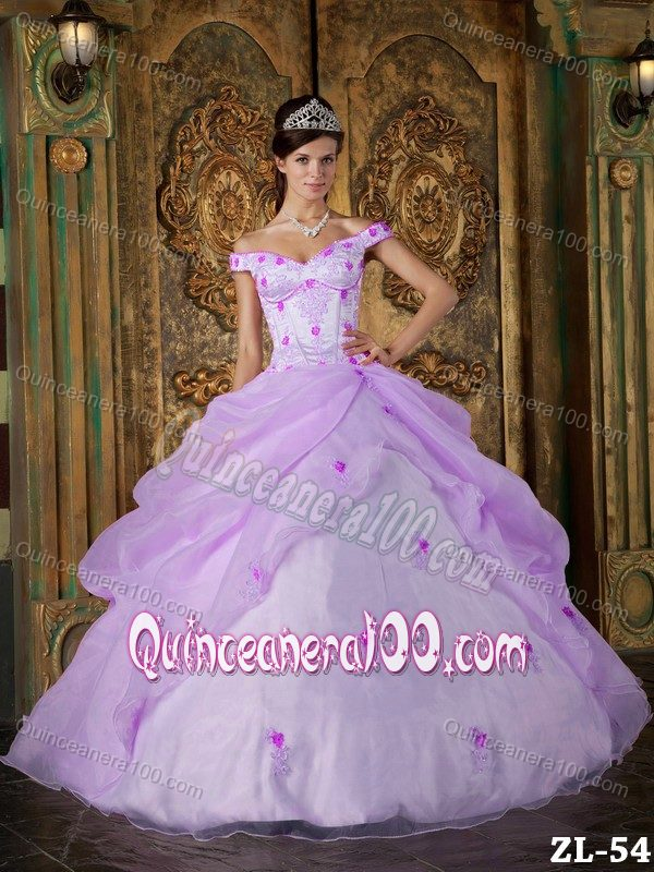 Snow White Multi-colored Appliques Pick-ups Ruffled Sweet 15 Dresses ...