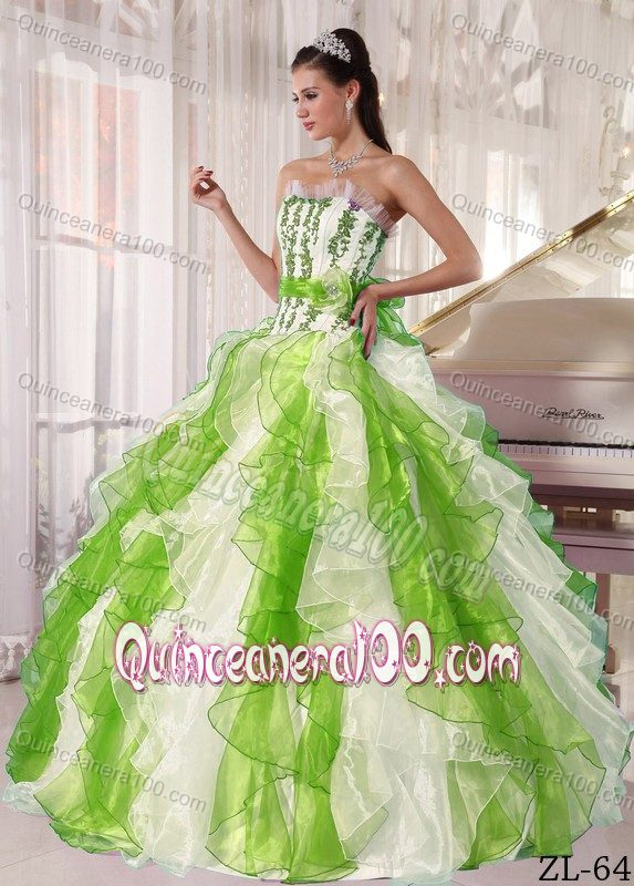 Special White Dress for Sweet 16 with Spring Green Decoration ...