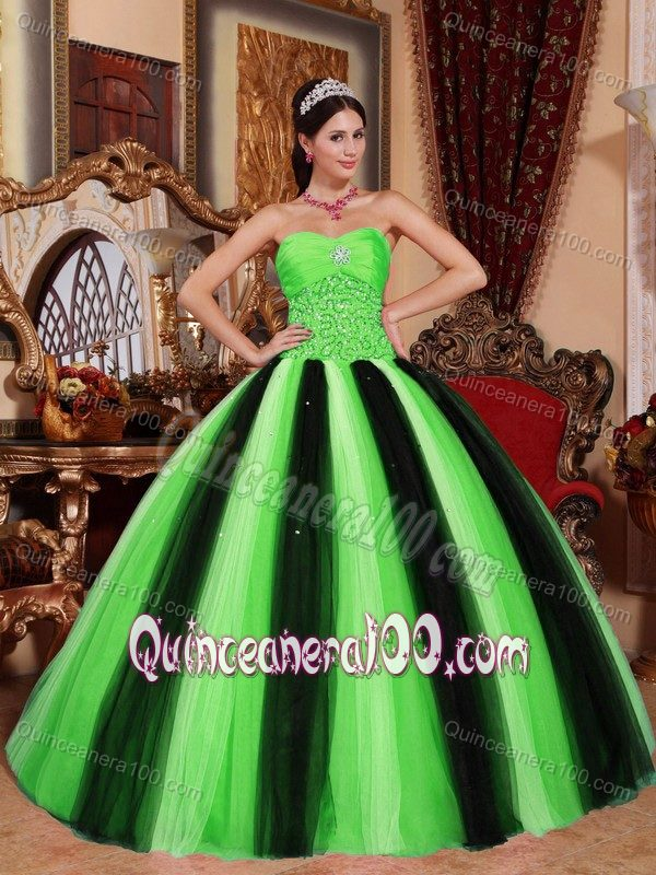 0adda4383b9 Spring Green And Black Tulle Sweet 15 Dresses With Beading 2016