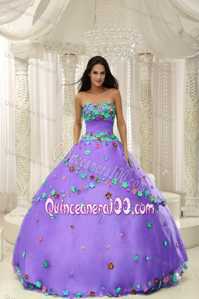 Light Purple Ruched Quinceanera Dresses with Colorful Appliques ...