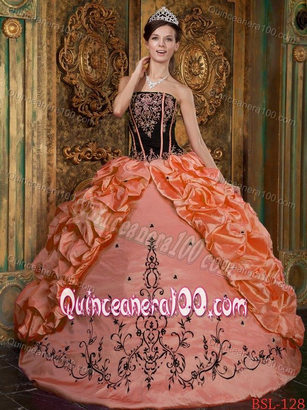 Elegant Orange and Black Embroidery Dresses for 15 with Appliques ...