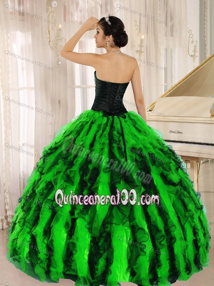 Berlin movie festival Spring Green Ruffles Sweetheart Quinceanera Dresses with Beading