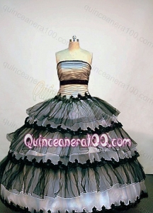 Popular Ball Gown Strapless Black and White Quinceanera Dress With Ruffled Layers and Appliques