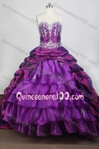 Elegant Ball Gown Sweetheart Purple Appliques Pick-ups Quinceanera Dresses