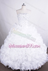 Luxurious Ball Gown Strapless White Organza Beading And Ruffles Quinceanera Dresses