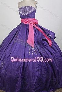 Beading and Ruching Strapless Ball Gown Purple Quinceanera Dresses with Bowknot