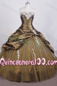 Elegant Ball Gown Sweetheart Olive Quinceanera Dresses with Appliques