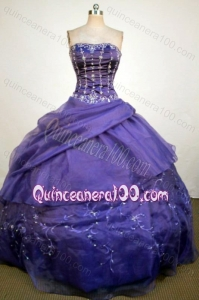 Luxurious Ball Gown Strapless Purple Beading and Appliques Quinceanera Dresses
