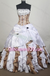 Exclusive Beading Ball Gown Strapless Quinceanera Dresses with Leopard