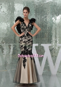 2014 Elegant Black and Champagne Mother of the Dresses with Appliques