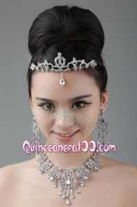 Vintage Style Rhinestone Alloy Jewelry Set Including Crown Necklace And Earrings