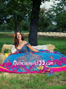 Western Theme Latest Big Puffy Embroideried and Beaded Blue Quinceanera Dress with Off the Shoulder