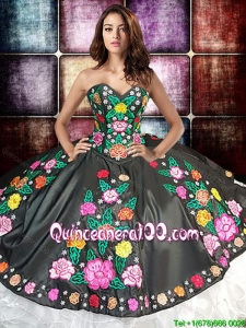 Western Theme Luxurious Ball Gown Embroideried and Ruffled Sweet 16 Dress in White and Black