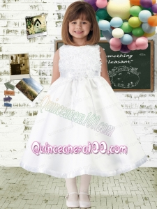 Fashionable A-Line Scoop Appliques Flower Girl Dress with Bateau