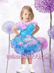 Hand Made Flowers and Appliques Knee-length Romantic V-neck Little Girl Dress with Lace-up