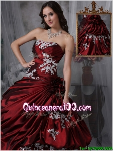 Beautiful Ball Gown Strapless Quinceanera Gowns with Appliques
