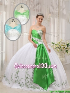 Modern Ball Gown Sweetheart Embroidery Quinceanera Dresses