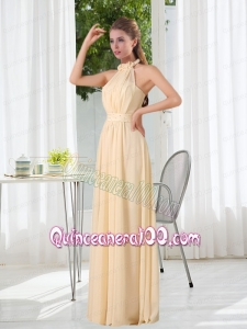 Popular Empire Halter Ruching Dama Dress with Hand Made Flowers