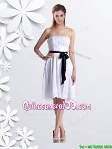 Elegant Empire Strapless Ruched and Be-ribboned White Dama Dress in Chiffon