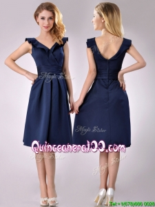 Beautiful V Neck Navy Blue Empire Dama Dress with Cap Sleeves