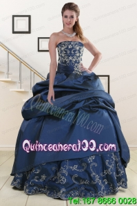 2015 Traditional Embroidery and Beaded Quinceanera Dresses in Navy Blue