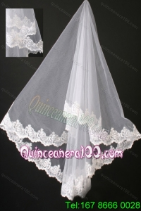 Graceful Lace Organza Bridal Veil