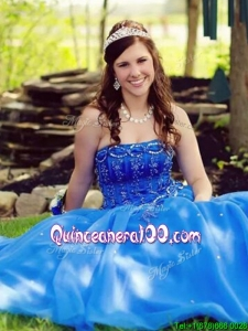 Affordable Beaded and Applique Sweetheart Quinceanera Dress with Puffy Skirt