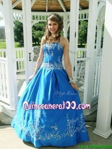 New Style Puffy Skirt Satin Sweet 16 Dress with Beading and Appliques