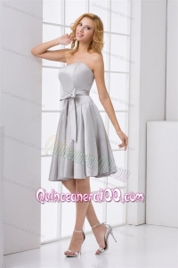 Cheap A-line Strapless Grey Mini-length Dresses for Dama with Bowknot