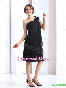 New Style One Shoulder Black Dama Dresses with Hand Made Flower