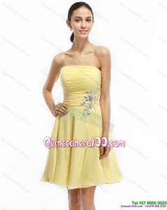 2015 Strapless Mini Length Dama Dresses with Ruching and Beading
