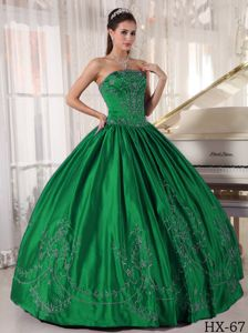 Floor-length Strapless Dress for Sweet Sixteenth with Embroidery