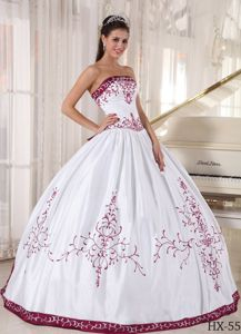 White and Fuchsia Quinceanera Dress with Embroidery in Satin
