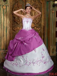 Satin Fuchsia and White Quinceanera Dress with Embroideries