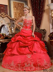 Red Sweetheart Quince Dress with Embroidery with Beading