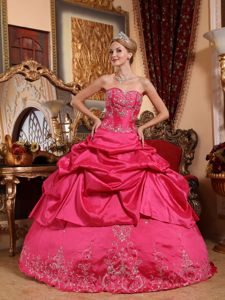 Sweetheart Quinceanera Ball Gown with Taffeta in Hot Pink