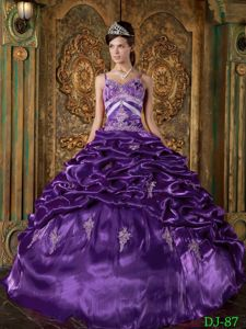 Pick-ups Spaghetti Straps Purple Beading Quinceanera Dress