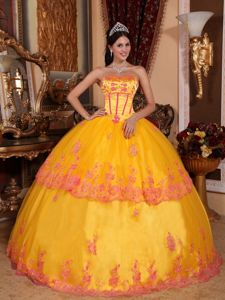 Yellow Lace Layered Appliques Strapless Quinceanera Gowns
