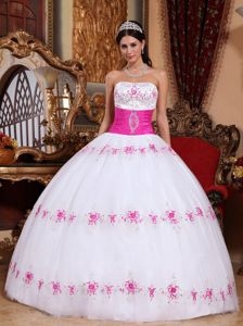 White and Pink Ball Gown Strapless Appliques Quinceanera Dress