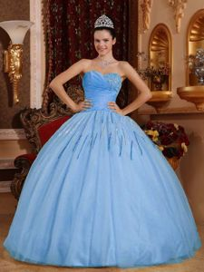 Ruched Sweetheart Beading Quinceanera Dresses in Light Blue