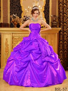 Handle Flowers Popular Purple Strapless Taffeta Quinceanera Dress