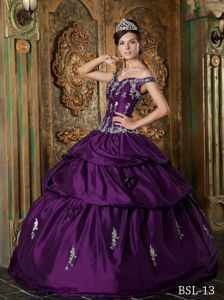 Off The Shoulder Appliques Dresses Quinceanera in Eggplant Purple