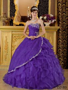 Appliques and Ruche Purple Organza Quinceanera Dress with Ruffles