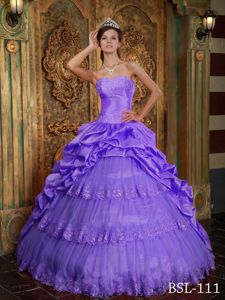 Luxurious Purple Appliques Sweetheart Quinceanera Dress with Layers