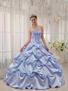 Strapless Taffeta Appliques and Pick-ups Quinceanera Dress in Lilac