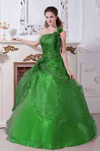 Green Beading Quinceanera Dresses Decorated Floral One Shoulder